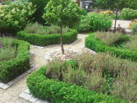 2012 Awards Private Gardens under €5,000 Merit 1